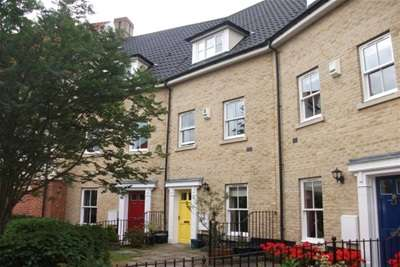 4 Bedrooms Town House for rent in Dyers Yard, NR3