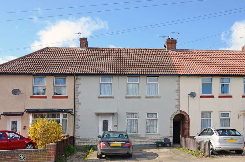 3 Bedrooms Terraced House for sale in Bad Bargain Lane, York YO31