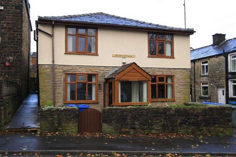2 Bedrooms Cottage House for sale in Moor Cottage, 57, Mizzy Road, Cronkeyshaw, Rochdale, OL12