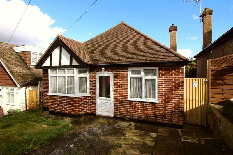 2 Bedrooms Detached Bungalow for sale in Beechwood Avenue, Orpington, BR6