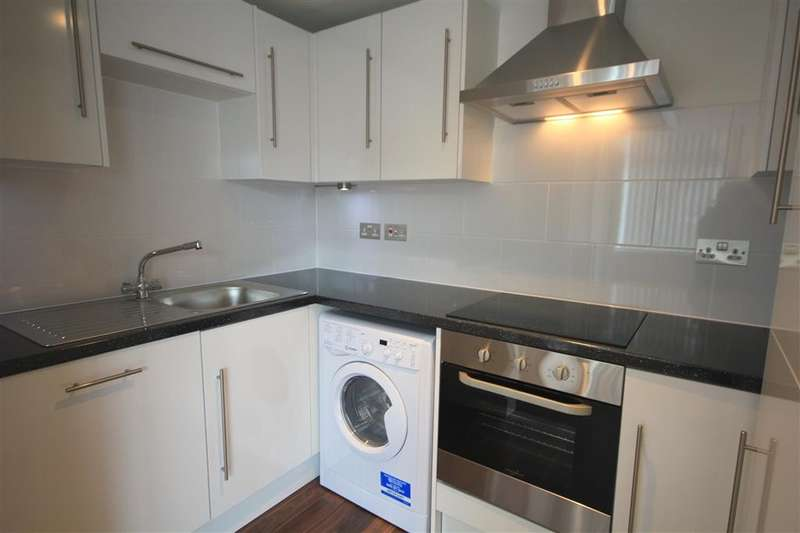 Apartment Flat for rent in Zenith House, Cheapside, Reading, RG1