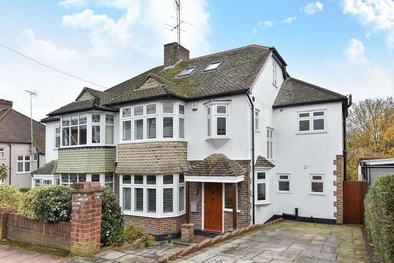 4 Bedrooms Semi Detached House for sale in Wood Lodge Lane, West Wickham