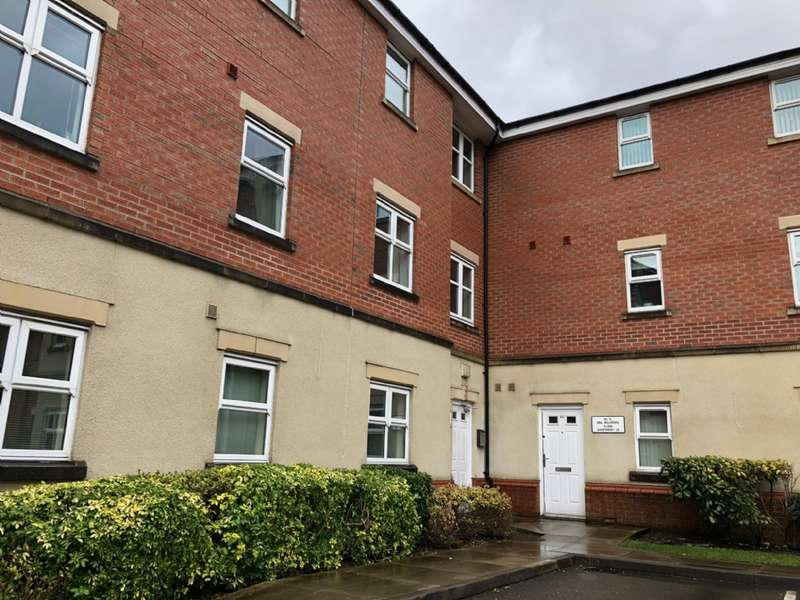 2 Bedrooms Apartment Flat for sale in Flat 24, 1 New Belvedere Close, Stretford, Manchester.