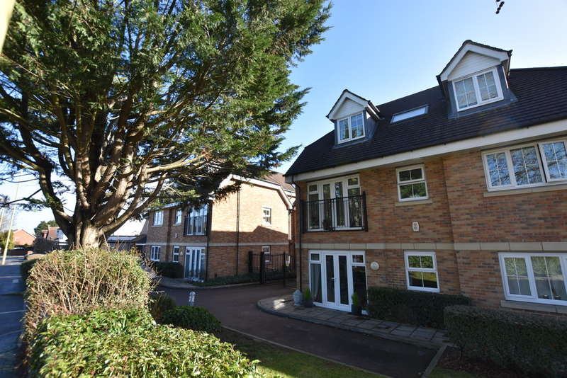2 Bedrooms Ground Flat for sale in Arena Court, 790-794 St. Albans Road