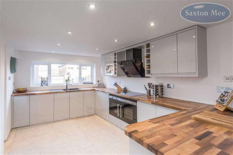 3 Bedrooms Detached House for sale in Alford Avenue, Oughtibridge, Sheffield, S35