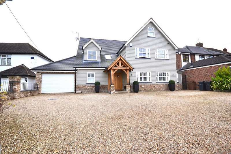 5 Bedrooms Detached House for sale in Galleywood Road, Great Baddow, Chelmsford, Essex, CM2