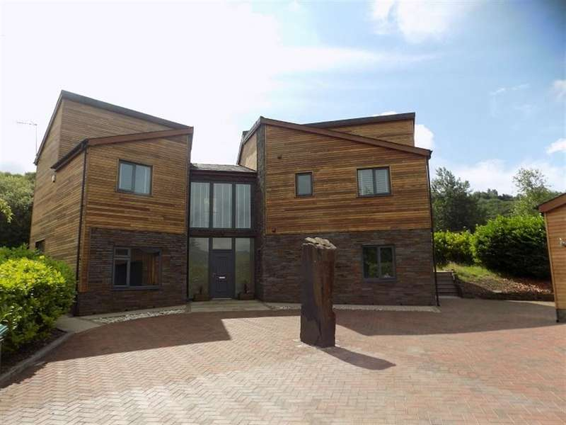 4 Bedrooms House for rent in Forest Lodge Lane, Cwmavon, Port Talbot, SA13 2RX