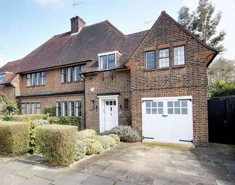5 Bedrooms House for sale in Litchfield Way, London