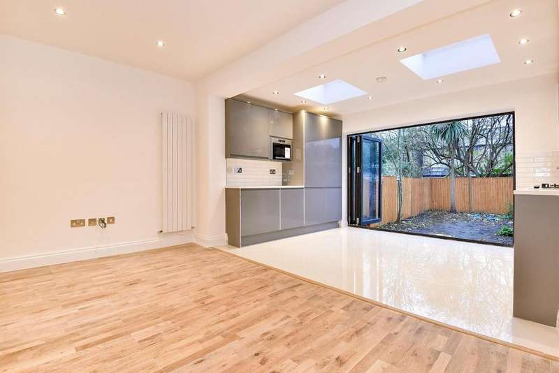 3 Bedrooms Terraced House for sale in Haydons Road, Wimbledon
