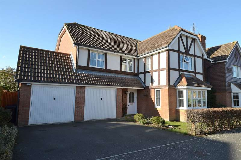 4 Bedrooms Detached House for sale in Lodge Field Road, Chestfield, Whitstable