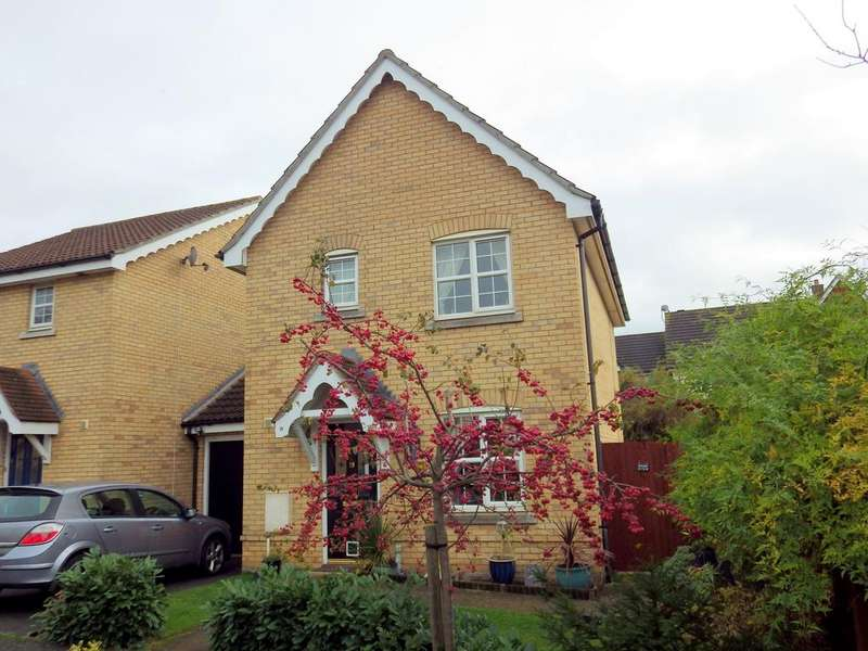 3 Bedrooms Detached House for sale in Robin Close, Stowmarket IP14