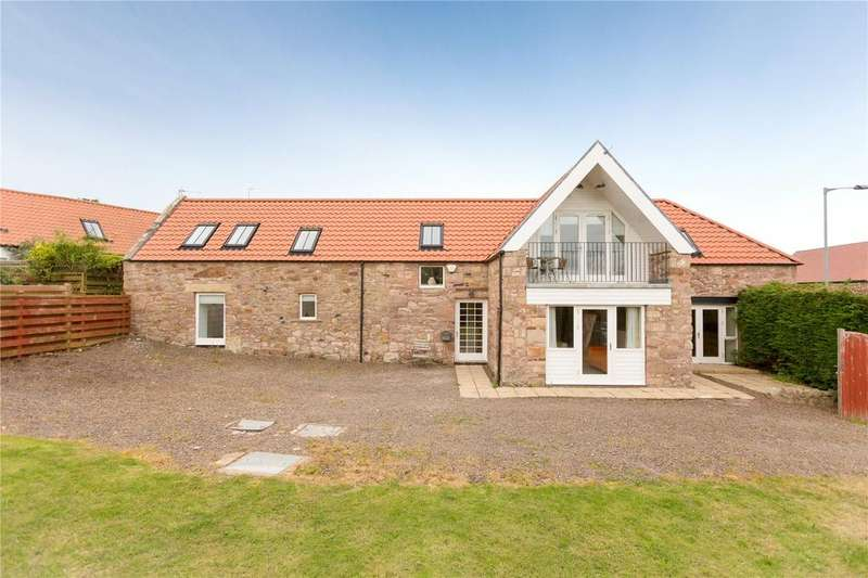 3 Bedrooms Detached House for sale in The Old Stables, Cockburnspath, East Lothian