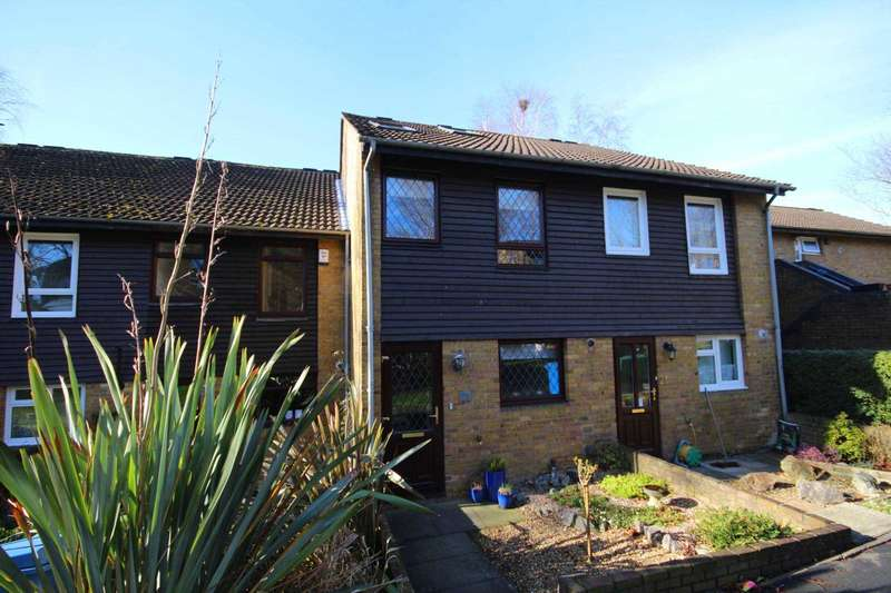 4 Bedrooms Terraced House for sale in Inchwood, Bracknell