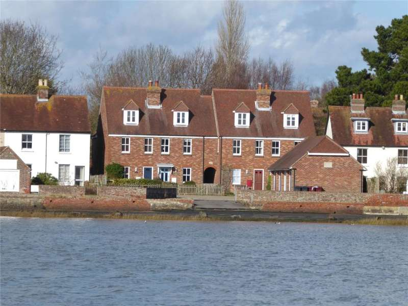 3 Bedrooms Terraced House for rent in Shore Road, Bosham, Chichester, West Sussex, PO18