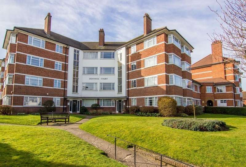 2 Bedrooms Flat for sale in Deanhill Court, Parkside, SW14