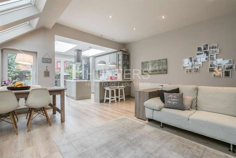 2 Bedrooms Flat for sale in Riffel Road, London, NW2 4PH