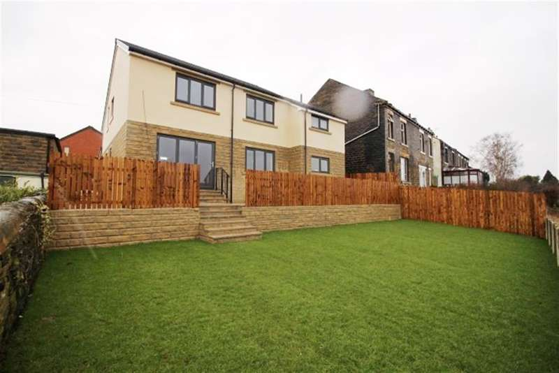 4 Bedrooms Detached House for sale in Highfield Terrace, Pudsey, LS28
