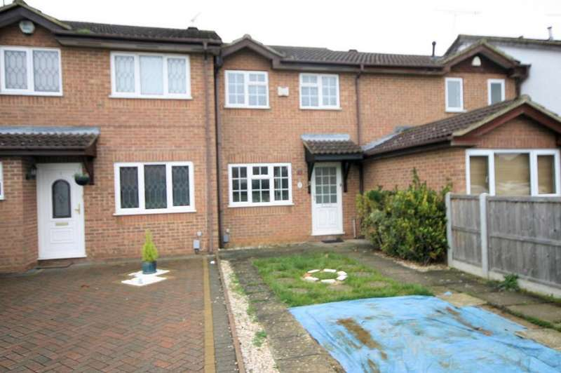 2 Bedrooms Terraced House for sale in Harlestone Close, Luton