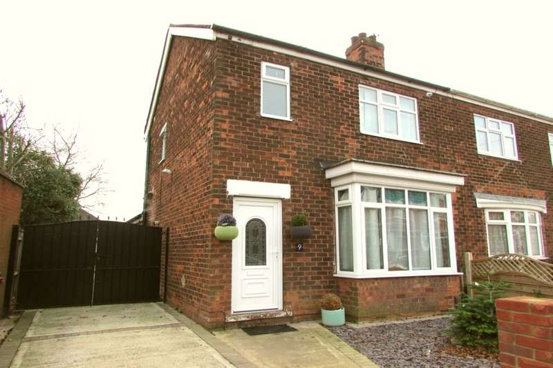3 Bedrooms Semi Detached House for sale in Humber Crescent, Scunthorpe, DN17