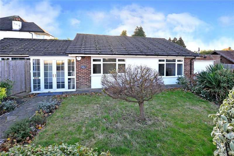2 Bedrooms Detached Bungalow for sale in Nonsuch Walk, Cheam, Sutton, SM2