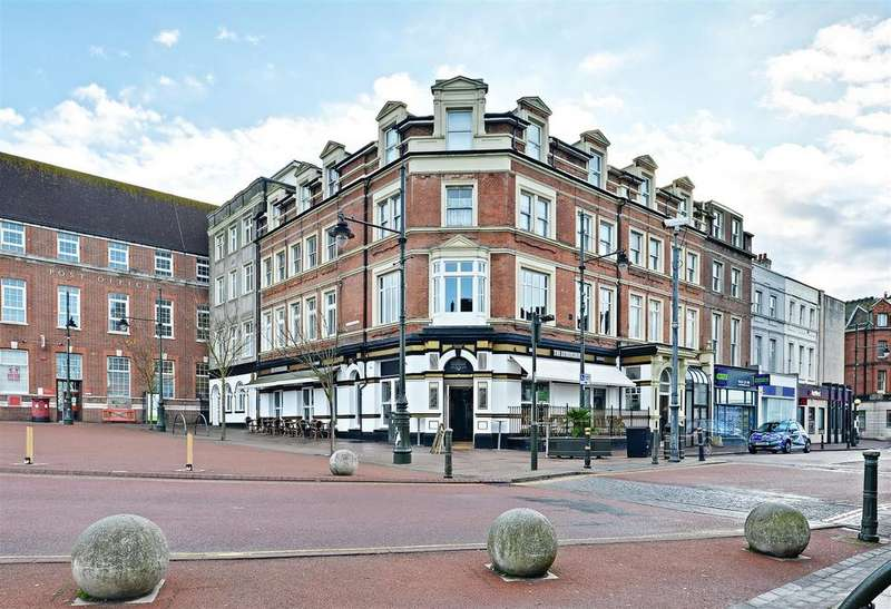 1 Bedroom Flat for sale in Devonshire Road, Bexhill-On-Sea