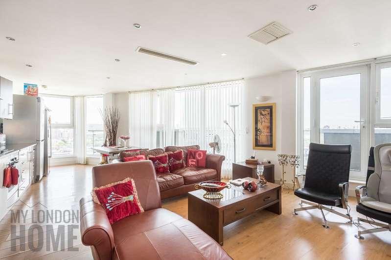 3 Bedrooms Apartment Flat for sale in The Mast, Albert Basin Way, Royal Albert Docks, Royal Docks, E16