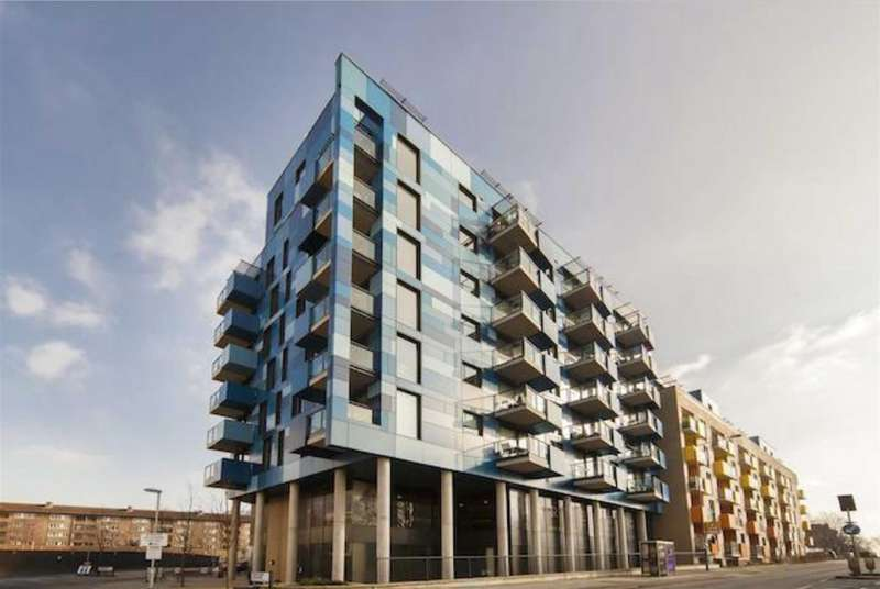1 Bedroom Apartment Flat for sale in Central Park, Block E, Greenwich Collection, London, SE10