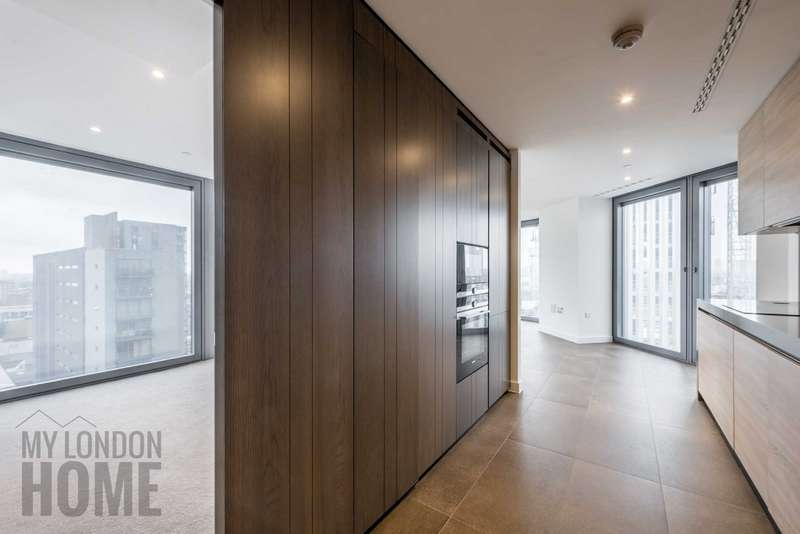 2 Bedrooms Apartment Flat for sale in The Chronicle Tower, 261 City Road, Old Street, London, EC1V