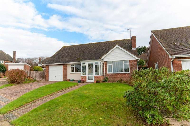3 Bedrooms Bungalow for sale in Kingsmead Walk, Seaford, East Sussex, BN25 2EX