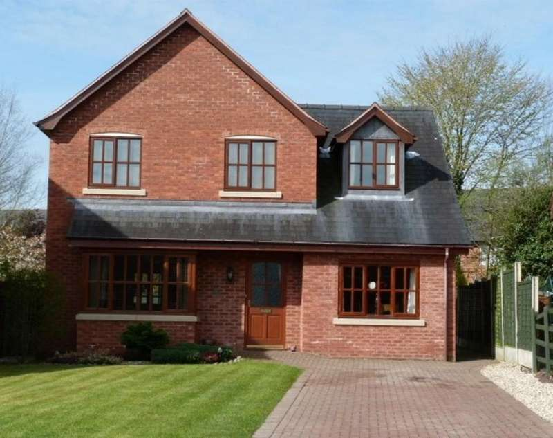 4 Bedrooms Detached House for sale in 32 Parc Hafod, Tregynon