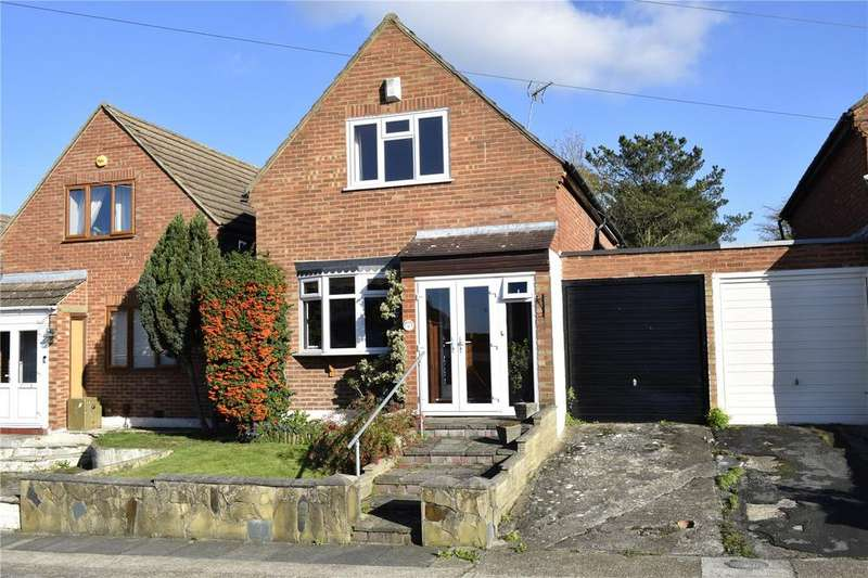 2 Bedrooms Detached House for sale in Irons Way, Collier Row, RM5