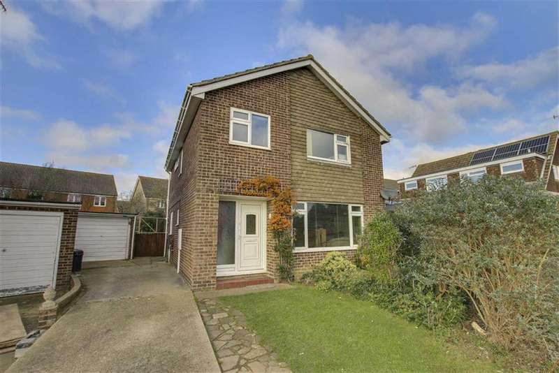 4 Bedrooms Detached House for sale in Sandringham Close, Seaford