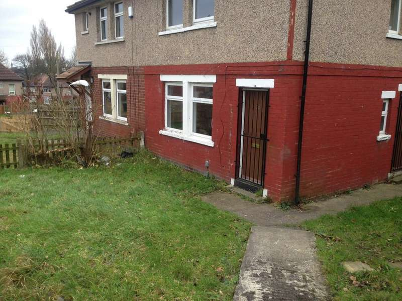 2 Bedrooms Semi Detached House for rent in Raven Terrace Rhodesway, Bradford BD8