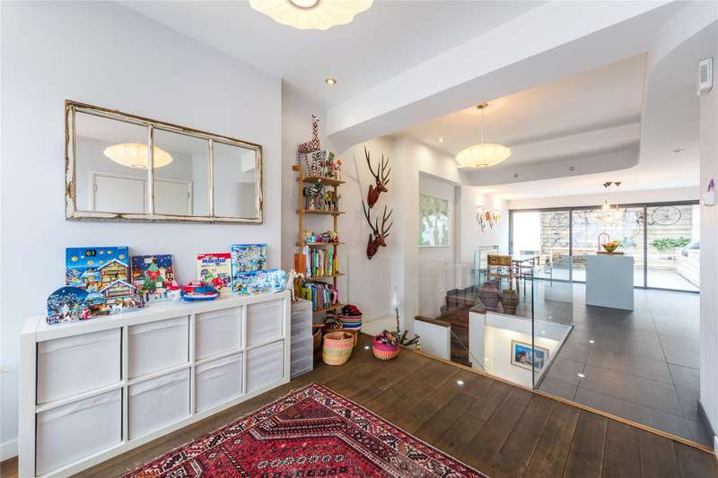 4 Bedrooms Terraced House for sale in Caledonian Road, London, Islington, N1
