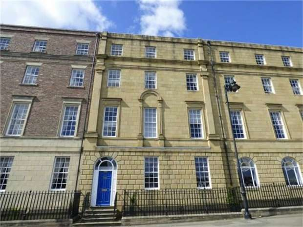 2 Bedrooms Flat for sale in Collingwood Mansions, North Shields, Tyne and Wear