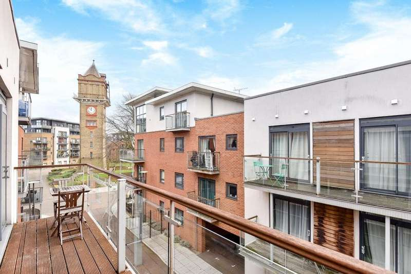 1 Bedroom Flat for sale in Highfield Close, Hither Green