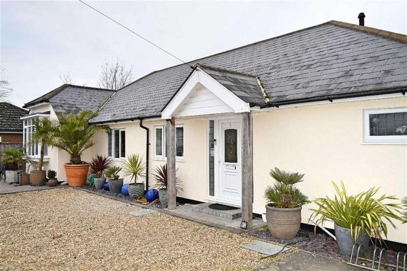 3 Bedrooms Detached Bungalow for sale in The Patch, Riverhead, TN13