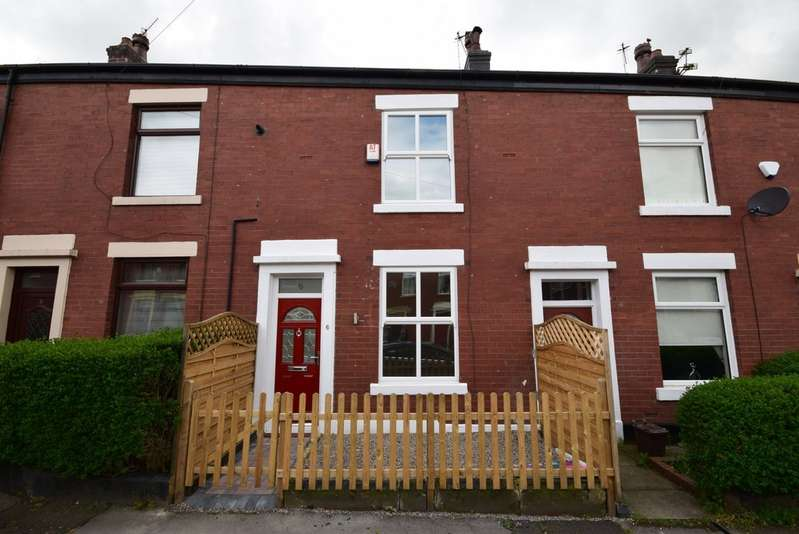 3 Bedrooms Terraced House for sale in Mowbray Street, Castleton OL11