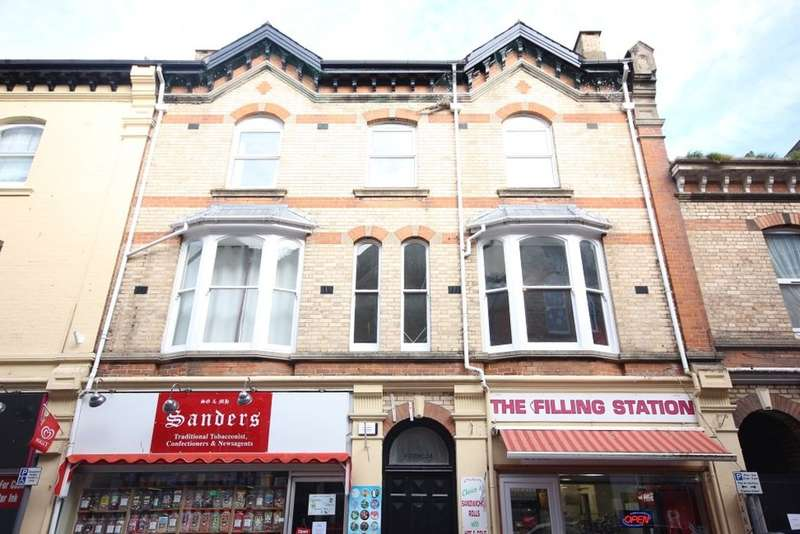 2 Bedrooms Flat for sale in Union Street, Newton Abbot