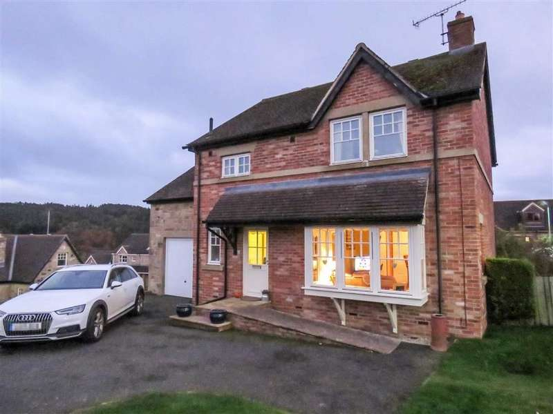 4 Bedrooms Detached House for sale in Lordenshaw Drive, Rothbury, Northumberland