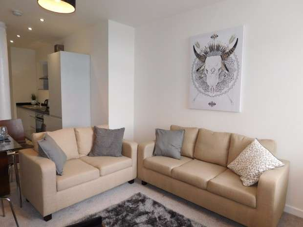 2 Bedrooms Apartment Flat for rent in Apt 106 Manor Apartments 2 Manor Row, City Centre, BD1