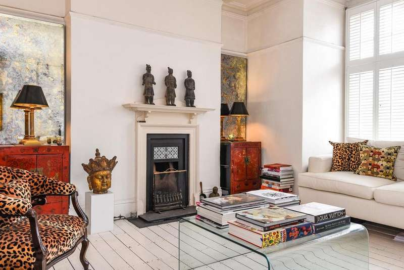 3 Bedrooms Flat for sale in Challoner Street, West Kensington