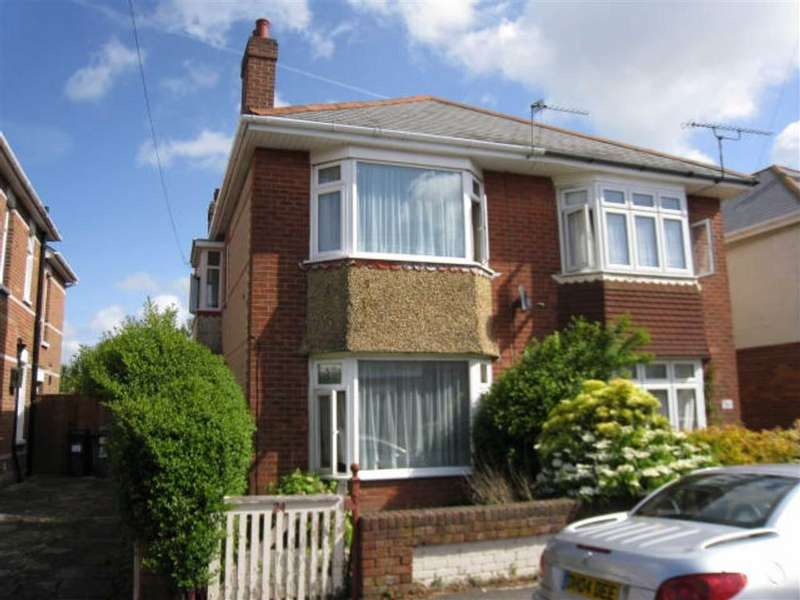 4 Bedrooms House for rent in Markham Road, STUDENTS WINTON, Bournemouth, Dorset
