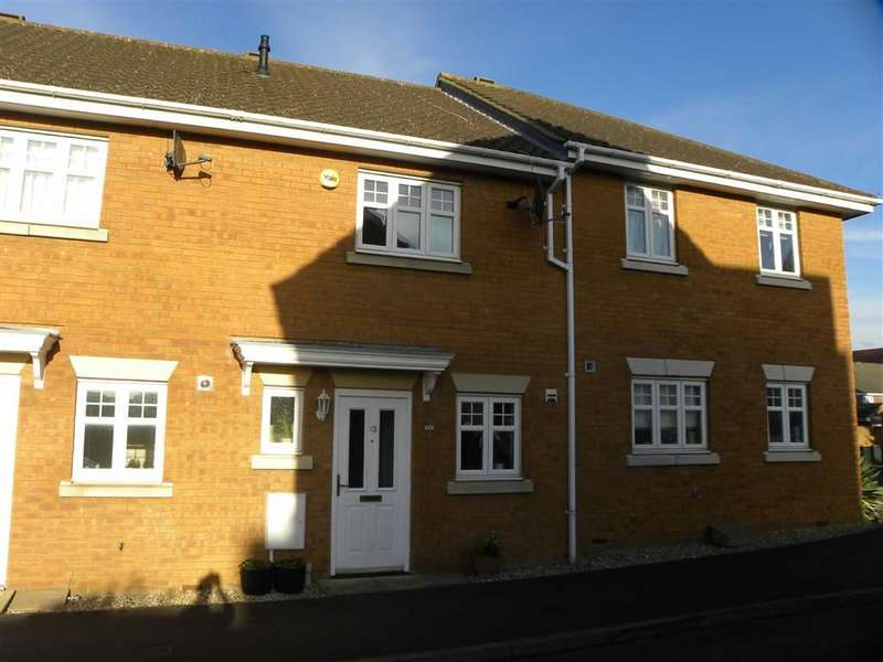 2 Bedrooms Terraced House for sale in French's Gate, Dunstable, Bedfordshire, LU6