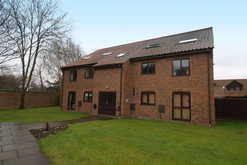 1 Bedroom Flat for sale in Thorpe Hall Close, Norwich, NR7