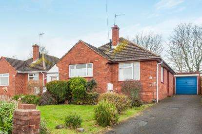 3 Bedrooms Bungalow for sale in Exeter, Devon, England