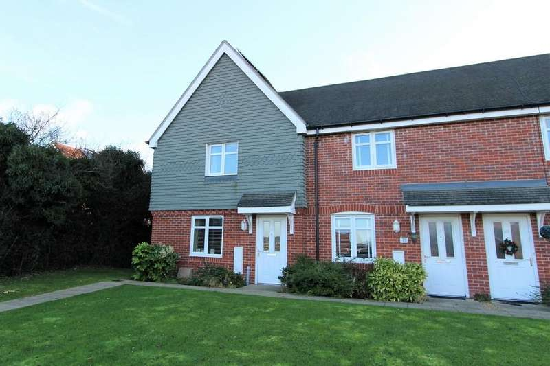 3 Bedrooms Semi Detached House for sale in Beckless Avenue, Clanfield