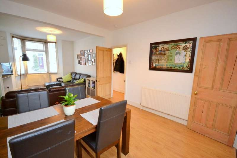 2 Bedrooms Property for sale in Turner Street, Abington, Northampton, NN1