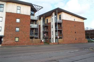 2 Bedrooms Flat for rent in Edward Street, Norwich