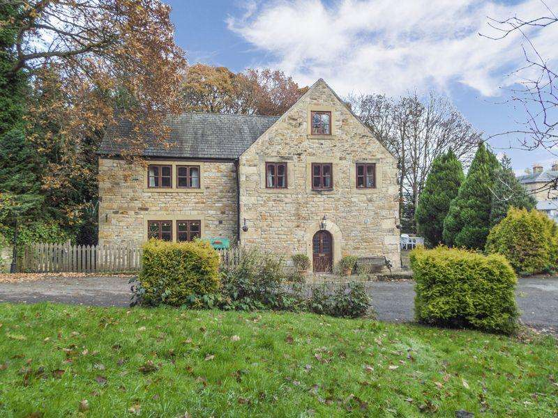6 Bedrooms Barn Conversion Character Property for sale in Axwell Park, Blaydon-On-Tyne